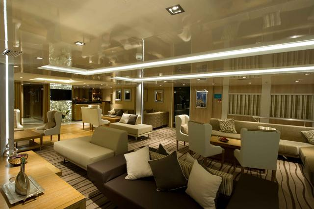 Voyager Main Lounge & Reception